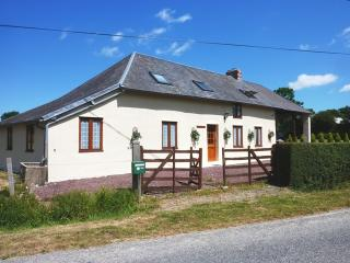 3 bedroom House with Satellite Or Cable TV in Hambye - Hambye vacation rentals