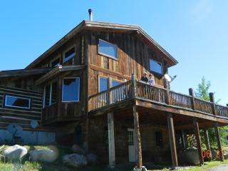 Custom Log Home - Yellowstone vacation rentals