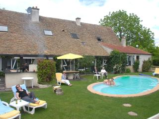 5 star 18 th-century house near Beaune in Burgundy - Burgundy vacation rentals