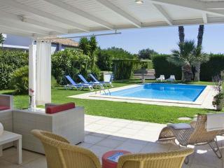 Bright Scicli vacation Villa with Deck - Scicli vacation rentals