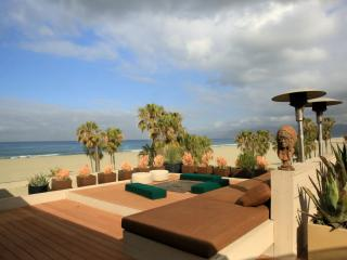 Gorgeous Villa with Dishwasher and A/C - Venice Beach vacation rentals