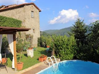 Nice House with Internet Access and Central Heating - Lanciole vacation rentals