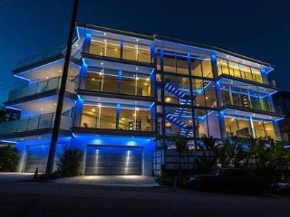 Modern Hollywood Estate - Los Angeles vacation rentals