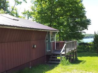 Cozy Cottage With View Of Lake Willoughby - Westmore vacation rentals