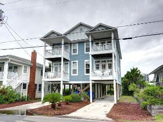 Flagship - Deluxe duplex with ocean views, across the street from the beach - Carolina Beach vacation rentals