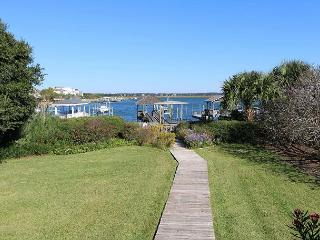 Lollipop - A perfect home for vacation memories w/ the sound at your backdoor - Wrightsville Beach vacation rentals