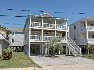 Ryan's Retreat - Retreat to this charming cottage at the coveted south end - Wilmington vacation rentals