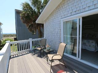 Shore Fun -  Comfortable and cozy ocean view cottage with easy beach access - Wrightsville Beach vacation rentals