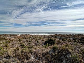 DR 2201 - Beautiful oceanfront condo at the desirable Duneridge Resort - Wrightsville Beach vacation rentals
