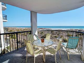 DR 2211- Simply elegant oceanfront condo with expansive views, pool and tennis - Wrightsville Beach vacation rentals