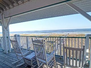 LegaSea- Exceptional oceanfront home perfect for larger family get together - Carolina Beach vacation rentals
