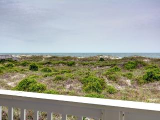 Wrightsville Dunes 1C-H - Oceanfront condo with community pool, tennis, beach - Wrightsville Beach vacation rentals