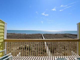 Cedars #3 - 3 Bedroom Oceanfront Townhouse, easy beach access, amazing views - Carolina Beach vacation rentals