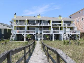 Cedars #4 - 3 Bedroom Oceanfront Townhouse, easy beach access,amazing views - Carolina Beach vacation rentals