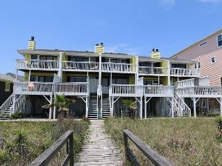 Cedars #2 - 3 Bedroom Oceanfront Townhouse, easy beach access, amazing views - Carolina Beach vacation rentals