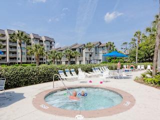 Shorewood 336, 2 Bedrooms, 3rd Floor, Large OceanFront Pool,  Sleeps 6 - Hilton Head vacation rentals