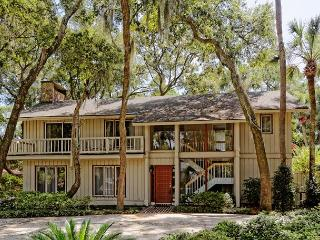 4BR/4BA Sea Pines Home with Carolina Room Overlooks Oaks, Pines and Palms - Hilton Head vacation rentals