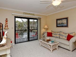 Island Club 152, 2 bedrooms, Lagoon View, Large Pool, Tennis, Hot Tub - Hilton Head vacation rentals