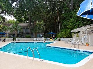 SailMaster 37, 2 Bedrooms, Pool, Patio, Sleeps 6 - Forest Beach vacation rentals