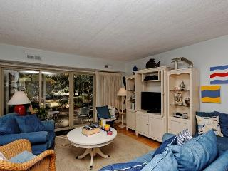 Bluff Villas 1657, Ground Floor 2 Bedrooms, Pool, Sea Pines - Sea Pines vacation rentals