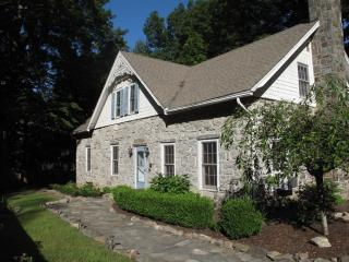 1796 Stone Farm House Bordering Mohonk Preserve - High Falls vacation rentals