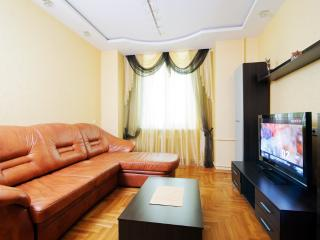 Vip-kvartira Two-bedroom delux on Kirova (2) - Minsk vacation rentals