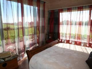 Garden Room - Room 1 - Hamilton vacation rentals