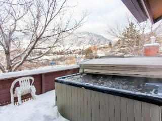 Condo w/private hot tub; mountain views & gas fireplace - Salt Lake City vacation rentals