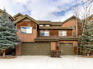 Contemporary mountain lodge home w/shared hot tub! - Park City vacation rentals