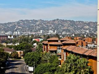 Lux 2 Bed/apartment Near The Grove, beverly hills - Los Angeles vacation rentals