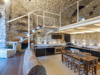 Nice Fort with Internet Access and Grill - Villafranca in Lunigiana vacation rentals
