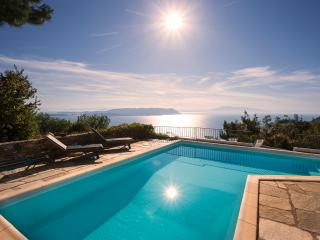 Comfortable Villa with Deck and Internet Access - Glossa vacation rentals
