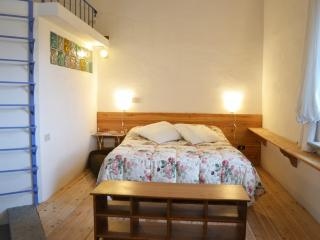 Casale Ferronio - Triple apartment - Ponticelli vacation rentals
