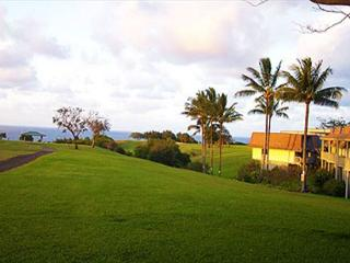 Puamana 9C: Affordable paraise for beach fans and golf lovers, sleeps 7 - Princeville vacation rentals