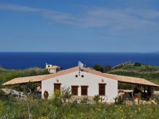 Beautiful 1 bedroom Villa in Scopello with Internet Access - Scopello vacation rentals