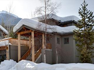 Taluswood The Ridge #14 | Whistler Platinum | Ski-In/Ski-Out, Private Hot Tub - British Columbia Mountains vacation rentals