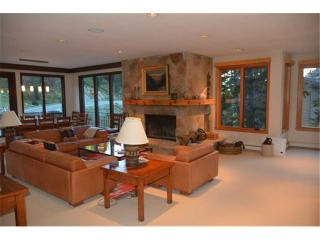 Spacious 6 bedroom House in Alta with Mountain Views - Alta vacation rentals