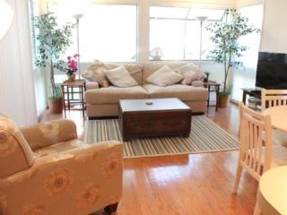 Myrtle Beach Condo close to both Pools & 1 Block to Ocean, Just updated..12246 - Myrtle Beach vacation rentals