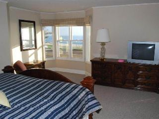 3 bedroom House with Water Views in Carlsbad - Carlsbad vacation rentals