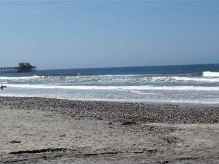 Lovely House with 2 Bedroom-2 Bathroom in Oceanside (999 #A23 N. Pacific St.) - Oceanside vacation rentals
