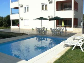 """Villa """"Elena"""" /object with pool and jacuzzi - Kozino vacation rentals"""