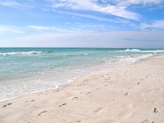 """""""Waters Edge Unit 102"""" Ground Floor, Easy in and out of unit!! - Fort Walton Beach vacation rentals"""