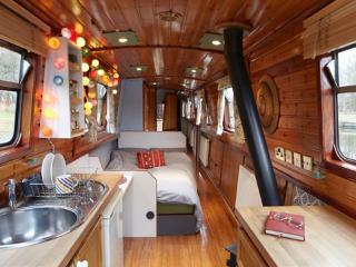 Star Narrowboat Holidays - Unique Narrowboat Hire - Worsley vacation rentals