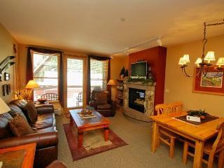 Black Bear Lodge 8043, Granite counters, spacious corner unit, closest to the gondola! - Keystone vacation rentals