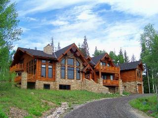 Ruby Ranch Home - 10,000 square feet, rec room, movie theatre, full bar, wine cellar! - Keystone vacation rentals