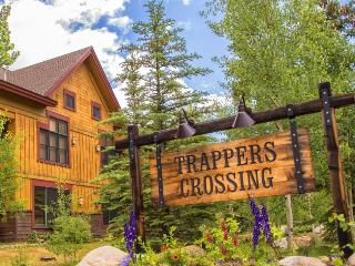 Trappers Crossing 8752 - East Keystone, jetted tub, on shuttle route, outdoor hot tub on site! - Keystone vacation rentals