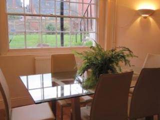 1 bedroom Apartment with Internet Access in Leamington Spa - Leamington Spa vacation rentals
