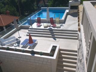 Perfect Villa with Internet Access and Dishwasher - Cove Puntinak (Selca) vacation rentals
