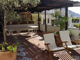 Casa Orizzonte, elegant property terrace, sea view - Positano vacation rentals