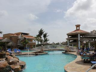 Perfect Condo with A/C and Washing Machine - Aruba vacation rentals